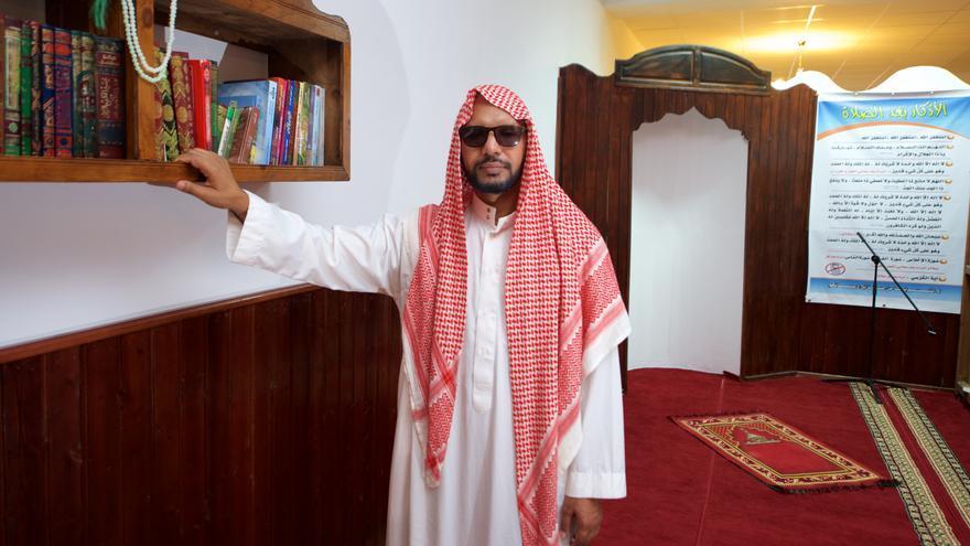 Fadel Kah, Imán en la mezquita de Caleta de Fuste