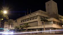 La Casa Palacio, sede del Cabildo de Gran Canaria, a oscuras por la 'Hora del Planeta'.