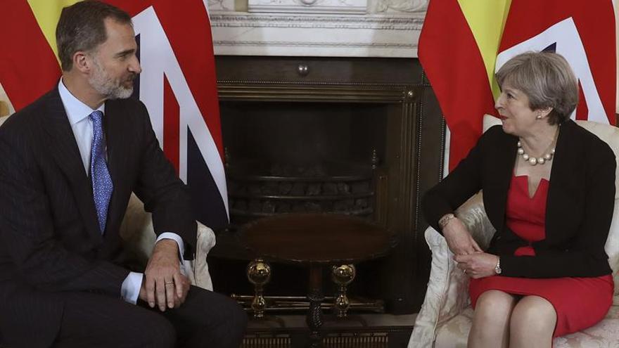 May recibe a Felipe VI en su residencia de Downing Street