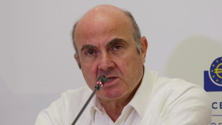"De Guindos dice que el BCE ""está preparado"" para actuar frente al coronavirus"