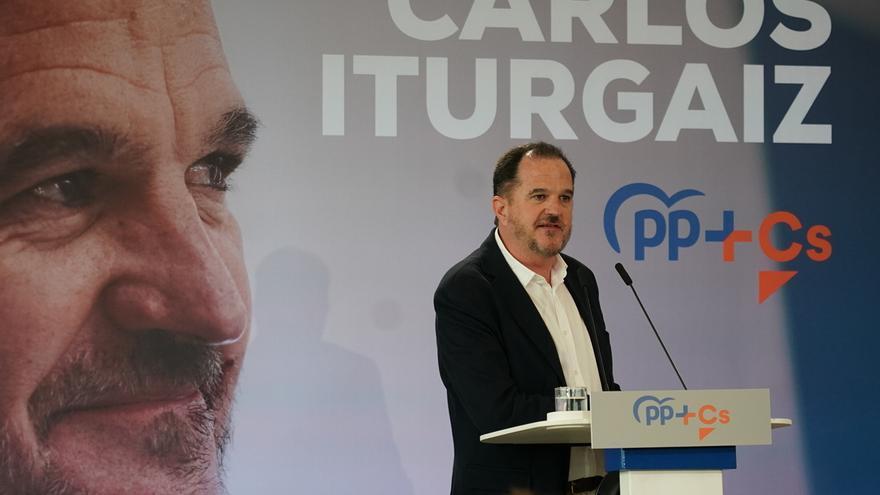 """Iturgaiz dice que Urkullu """"se ha contagiado de la improvisación e ineficacia de su socio Sánchez"""""""