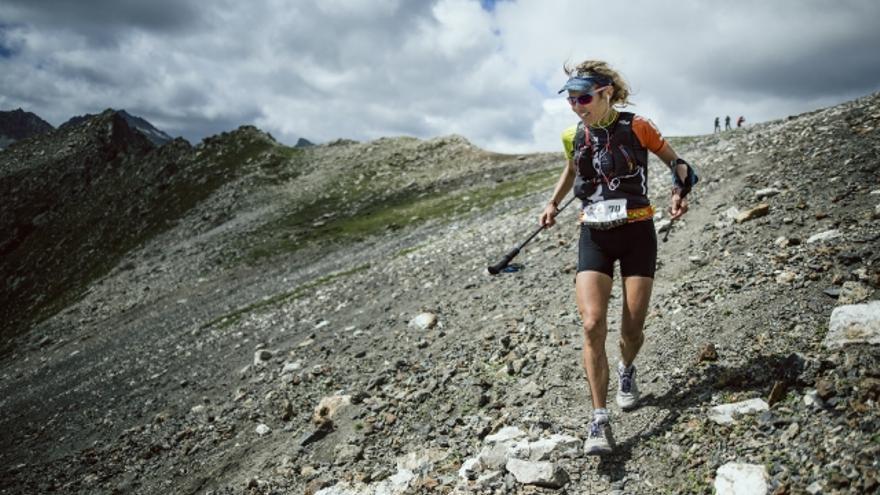 Caroline Chaverot durante el Ultraskymarathon (© Jordi Saragossa / BUFF® Epic Trail).