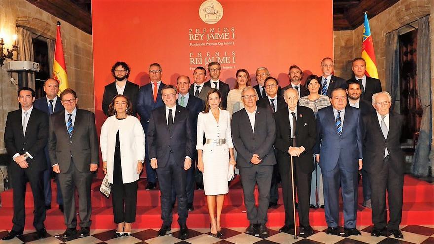 La Reina Letizia ha presidido la entrega de los premios Jaume I en Valencia