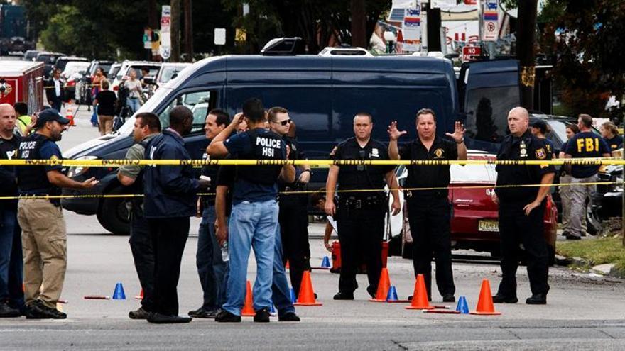 Un tiroteo cerca de una escuela de California (EE.UU.) deja al menos tres muertos
