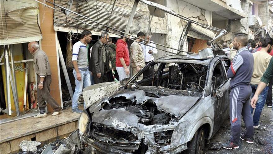 Al menos siete menores muertos por la caída de cohetes en un colegio en Siria
