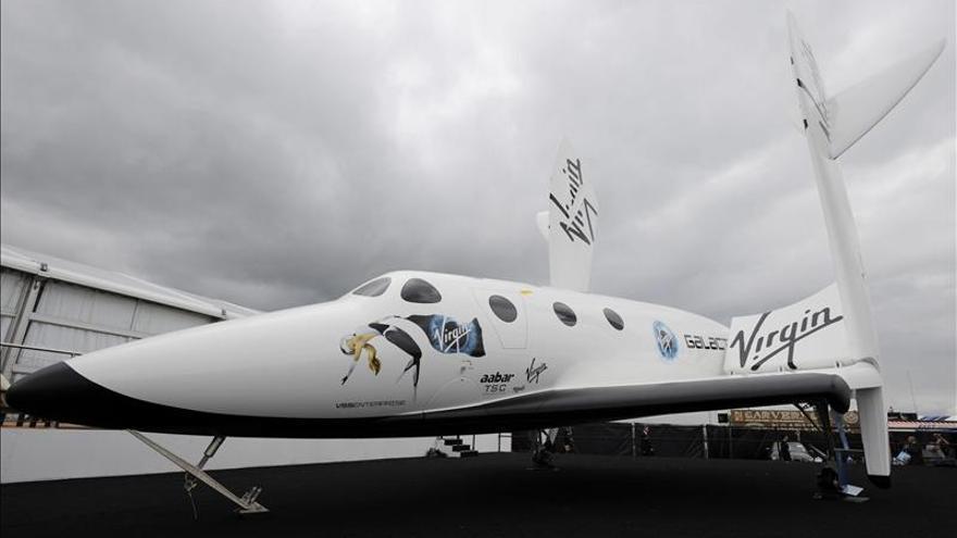 """Virgin Galactic confirma que """"unos pocos"""" han cancelado vuelos al espacio"""