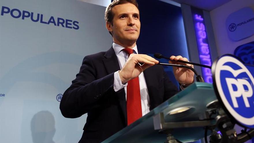 El PP defiende a Cifuentes y subraya que Madrid es la comunidad más solidaria