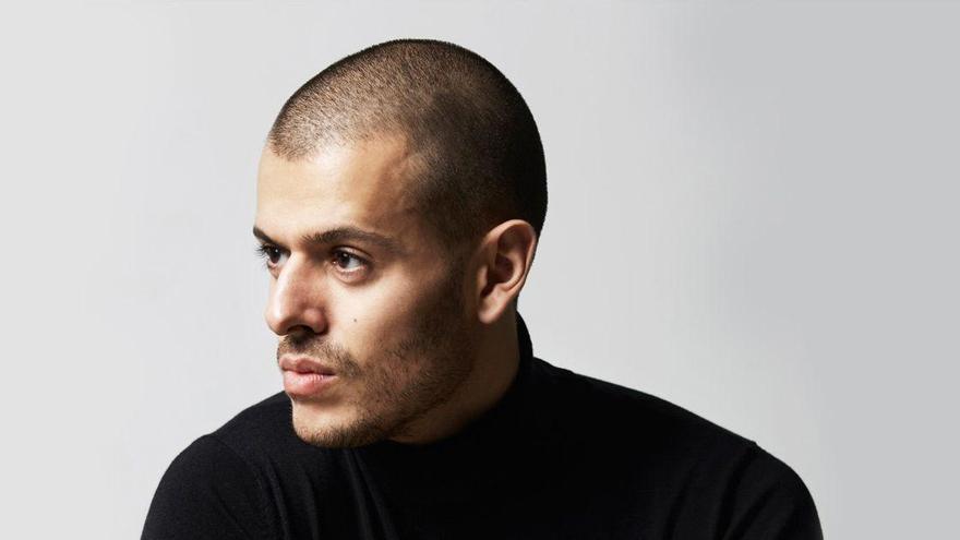 Andrés Acosta ,diseñador, estilista y director de moda.