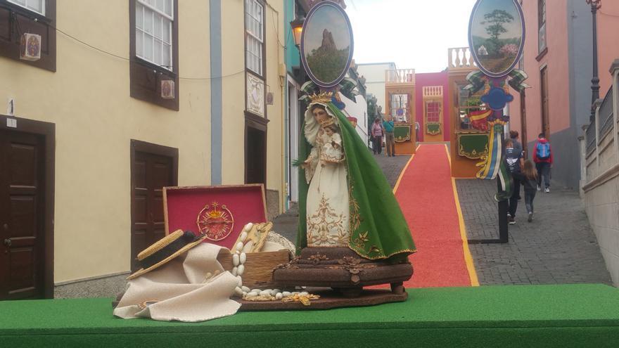 Imagen de la Virgen del Pino.