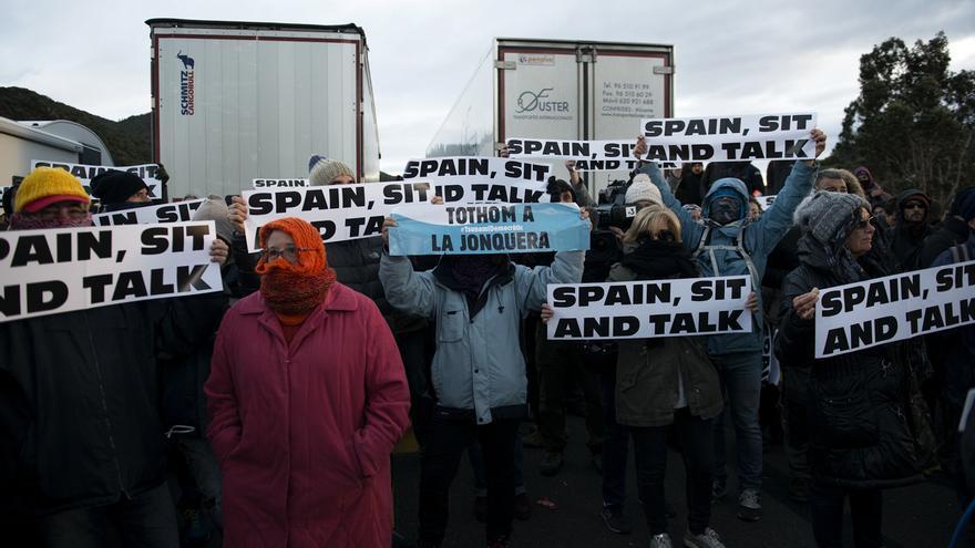 Tsunami Democràtic llama ahora a bloquear la frontera con Francia en Irún