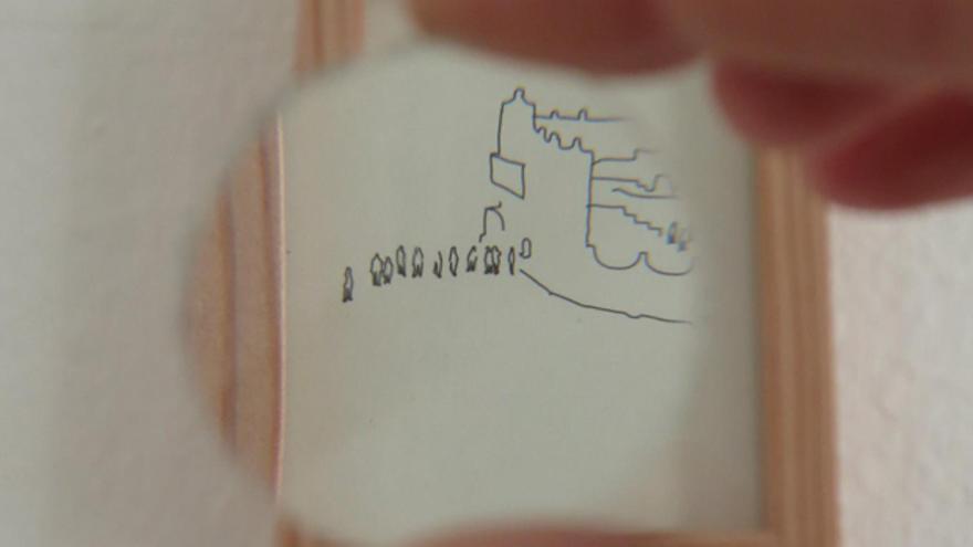 Uno de los dibujos de Miguel Galadí expuestos en la sala Procesos Cruzados de Málaga. | ALBA BLANCO