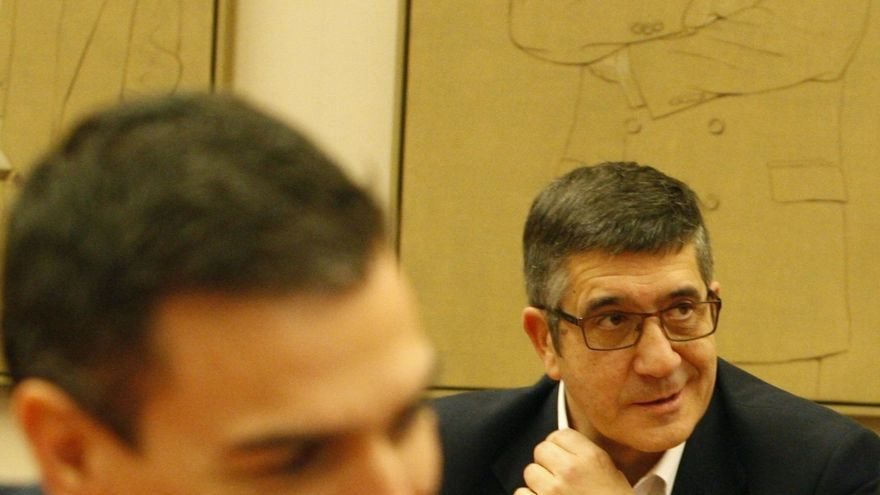Pedro Sánchez y Patxi López.