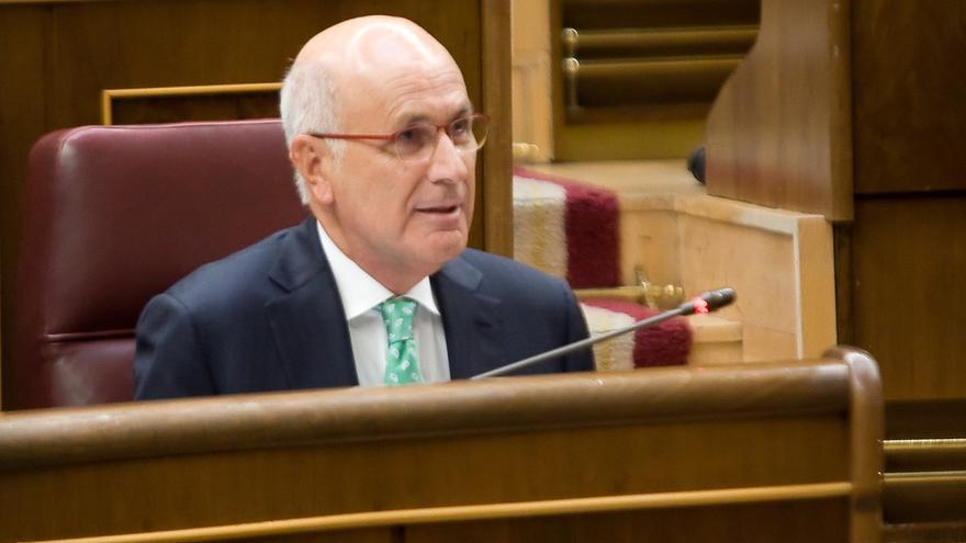El PP ve incoherente que Duran esté representando a España en Chile mientras CiU vota la declaración soberanista
