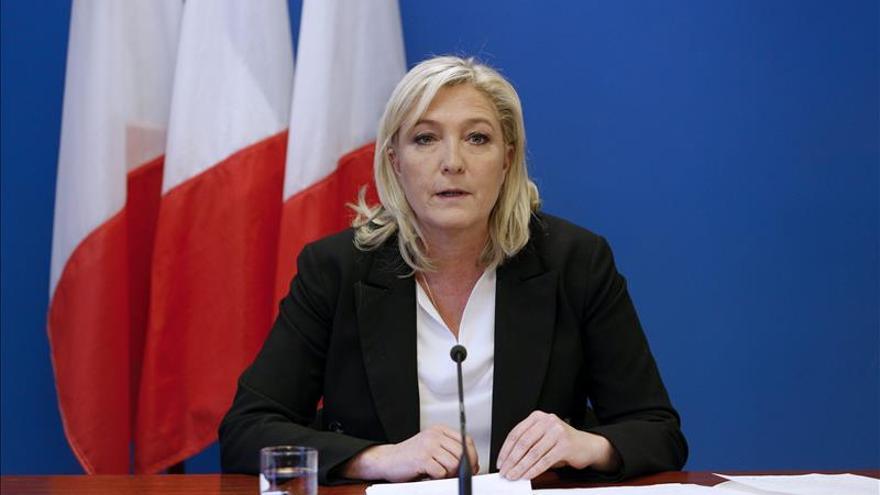 Marine Le Pen quiere que Syriza gane las elecciones en Grecia