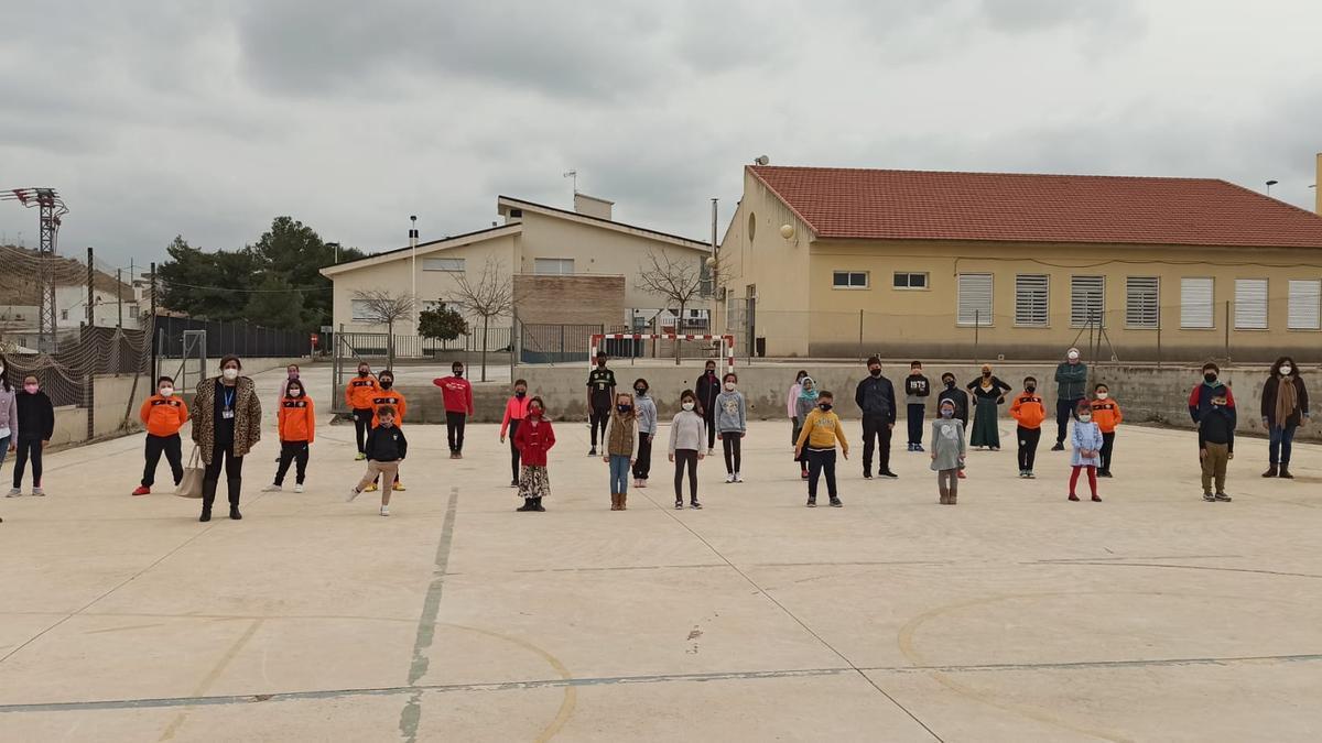 Alumnos y alumnas del CRA Río Argos