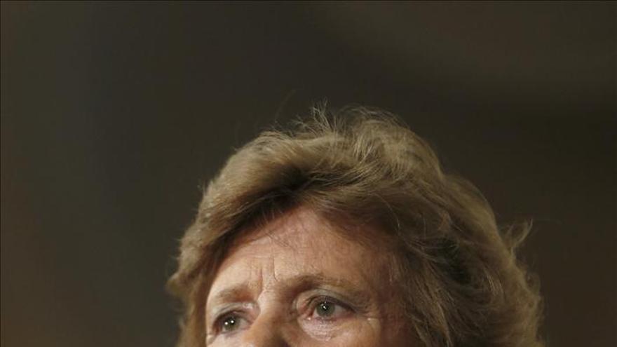 """Becerril considera que Wert está pagando un """"error"""" de la UE en las becas Erasmus"""