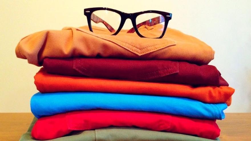 Cuatro ideas para dejar de comprar ropa nueva y seguir siendo elegante