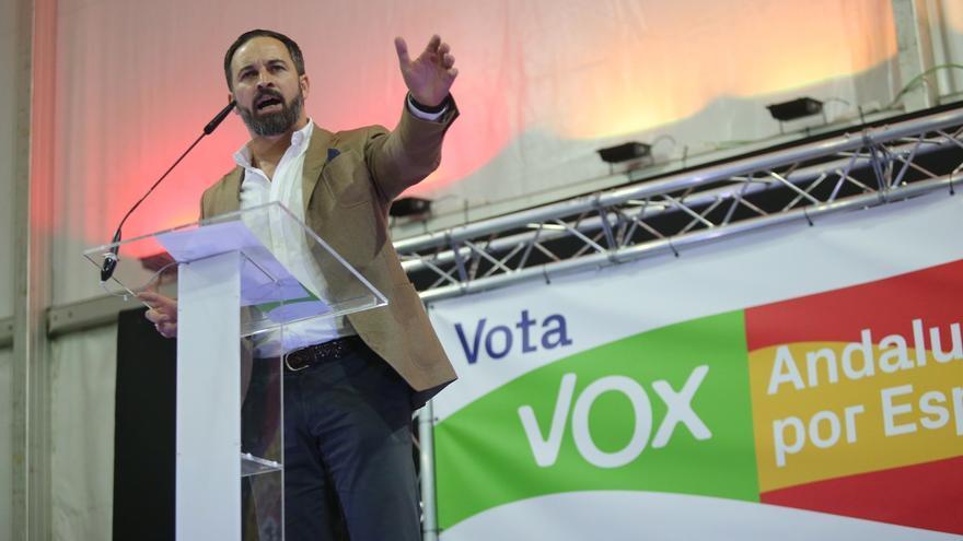 """VOX pide que el próximo domingo las urnas """"no se llenen de papeletas verdes sino de papeletas rojigualdas"""""""