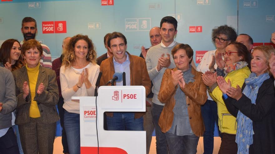 Casares seguirá al frente del PSOE tras recibir un 66% de los apoyos