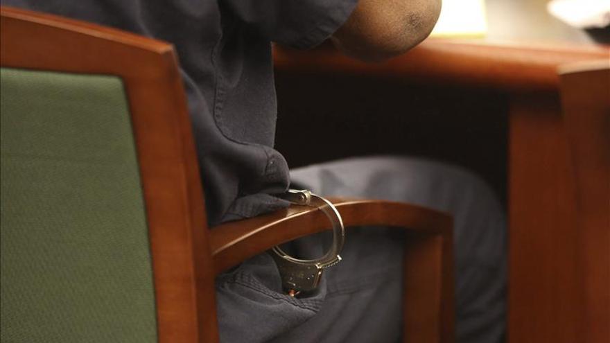 Un jurado de EEUU exonera al policía que mató a un mexicano que iba desarmado