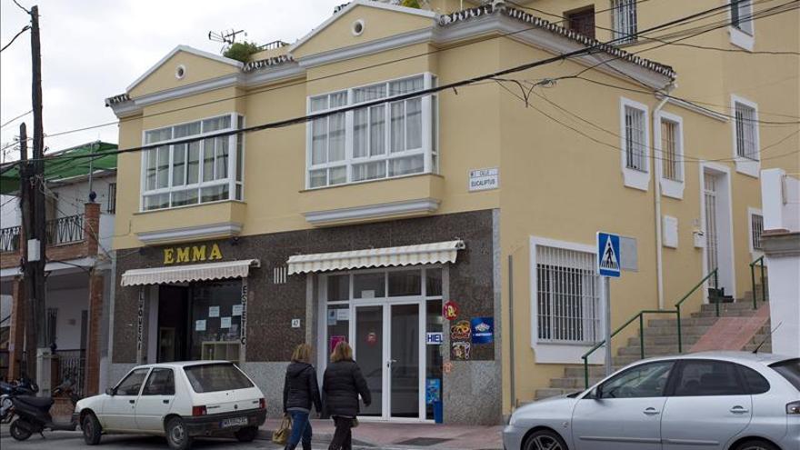 Enterrado en Marbella el niño que murió ahogado en una balsa de agua en Málaga