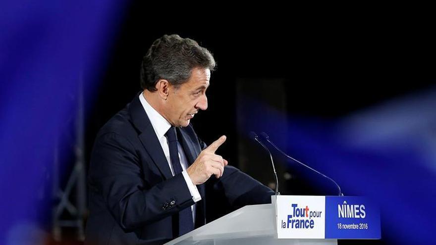 Juppé, Sarkozy y Fillon velan armas en las primarias conservadoras francesas