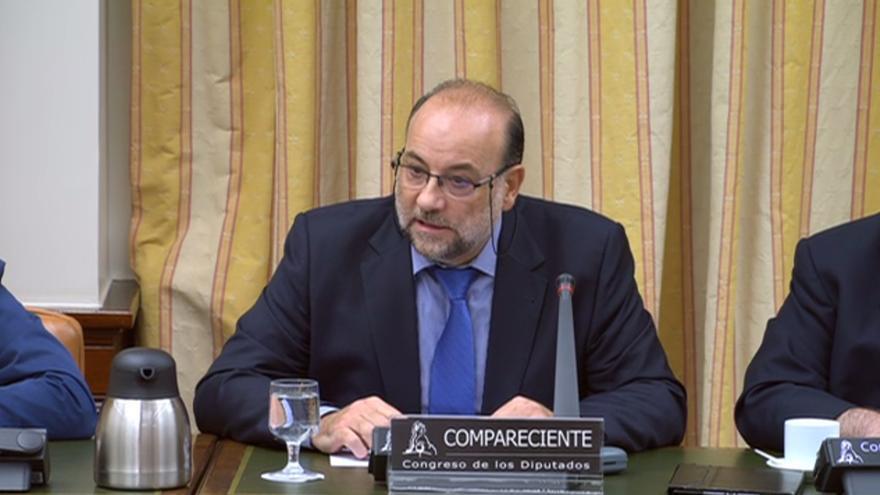 Juan Olmedilla, técnico de las empresas que instalaron la seguridad de la línea de AVE Ourense-Santiago