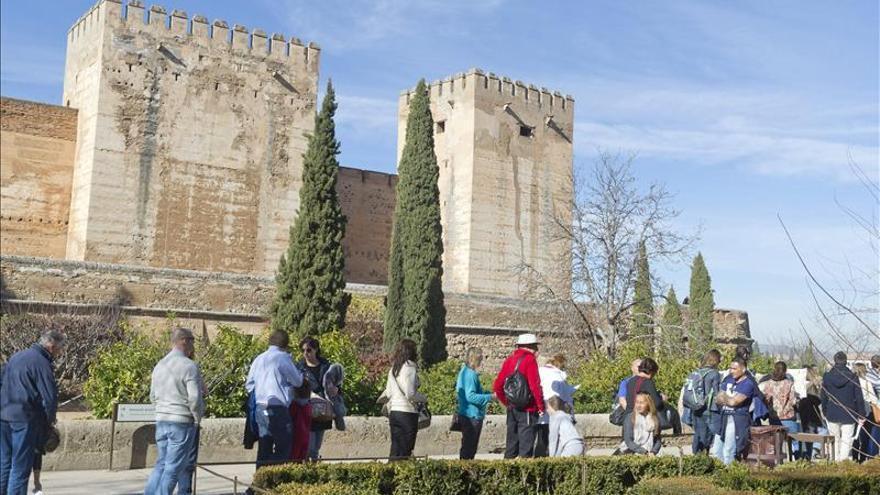 Granada se promocionará en Italia y Polonia como destino de turismo religioso