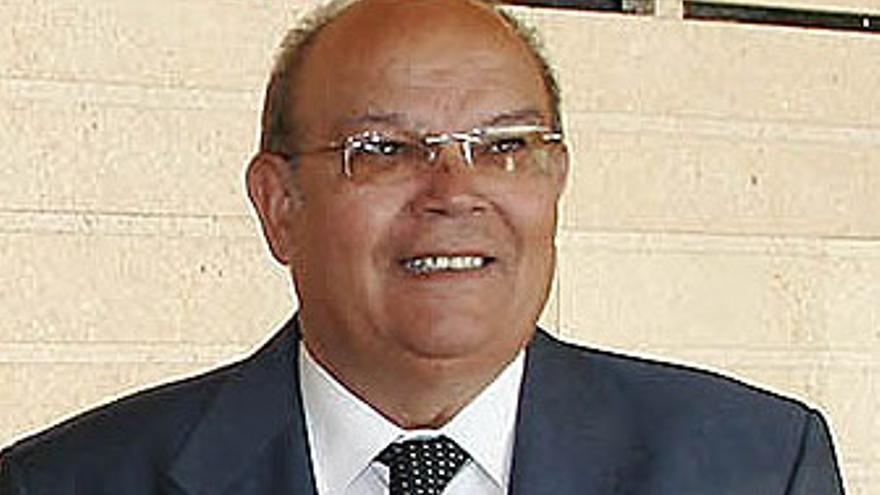 Carmelo Artiles.
