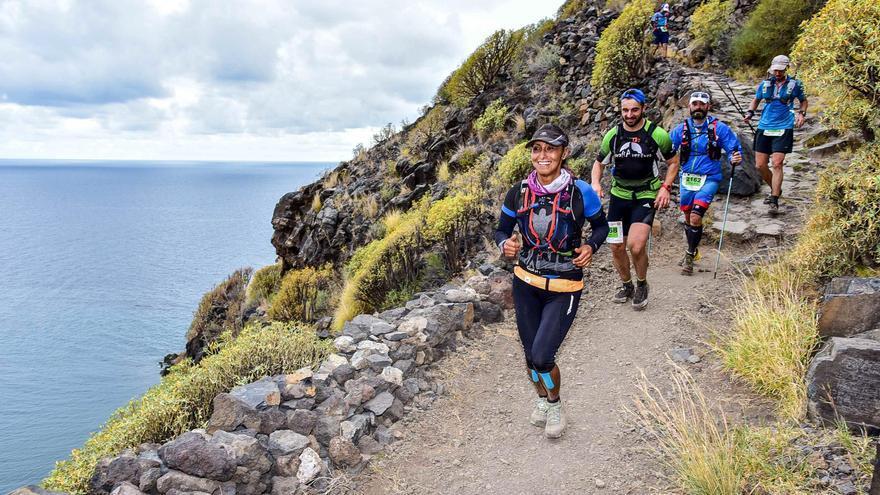 Imagen de archivo de corredores de la Maratón de Transvulcania (Canofotosport).