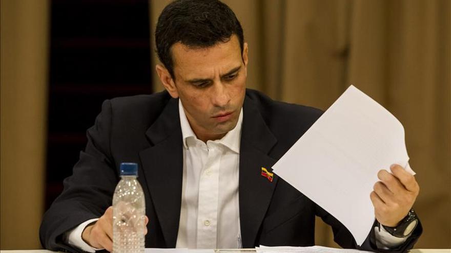 """Capriles pide que Unasur frene la política """"de opresión"""" del Gobierno venezolano"""