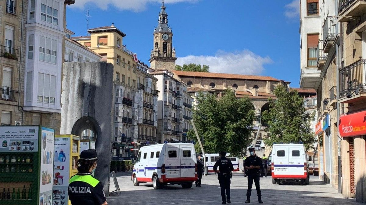 Dispositivo policial el 4 de agosto de 2020 en Vitoria