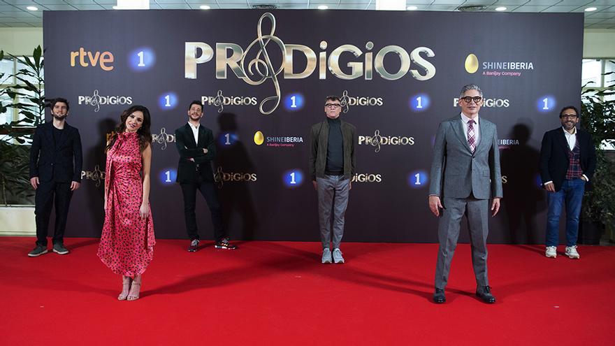 Los jueces y presentadores de 'Prodigios' en la presentación de la tercera temporada