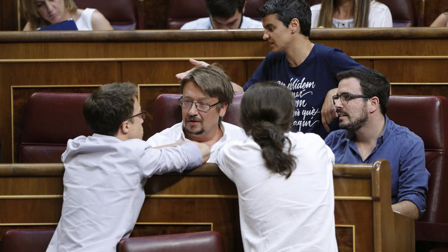 Íñigo Errejón, Xavier Domenech, Pablo Iglesias y Alberto Garzón en el Congreso de los Diputados