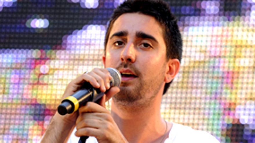 Un hombre de Warner representará a España en Eurovisión