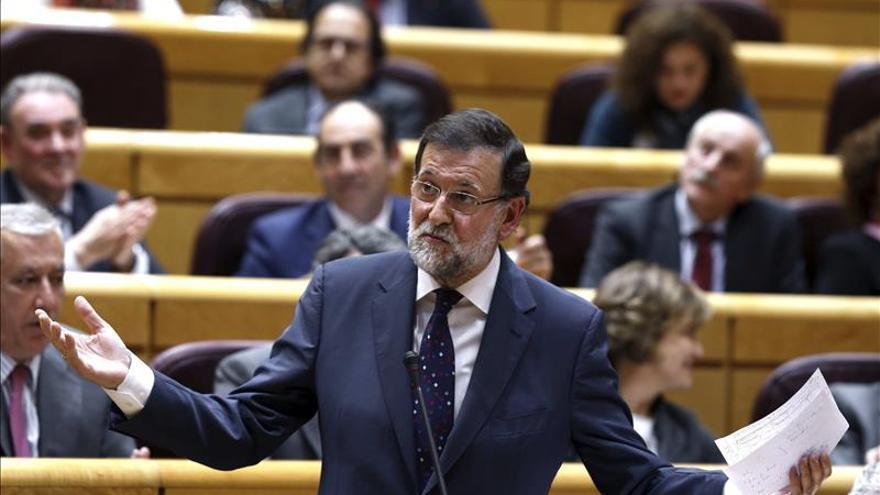 La oposición protesta la ausencia de Rajoy este mes en el control del Senado