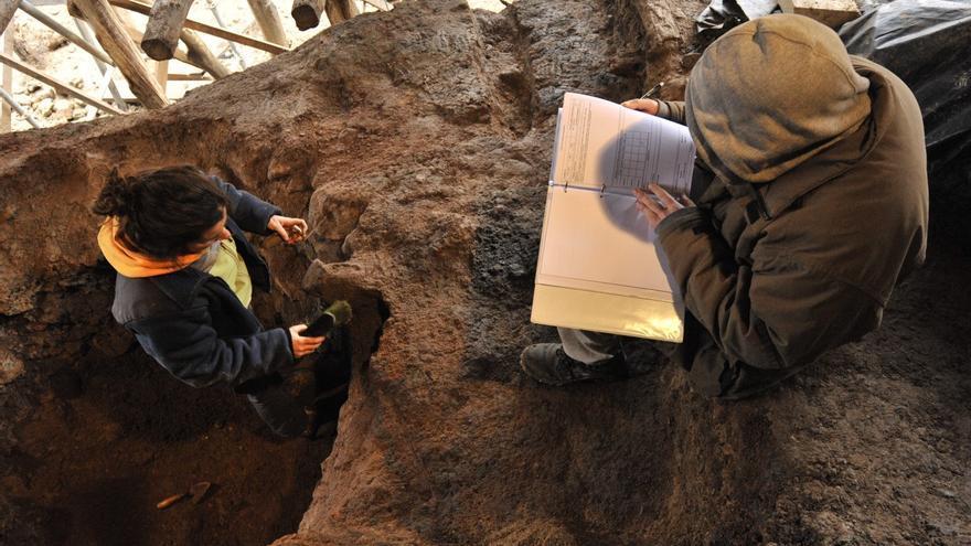 El Valle Salado inicia las excavaciones arqueológicas para estudiar la sal del Neolítico en Añana (Álava)
