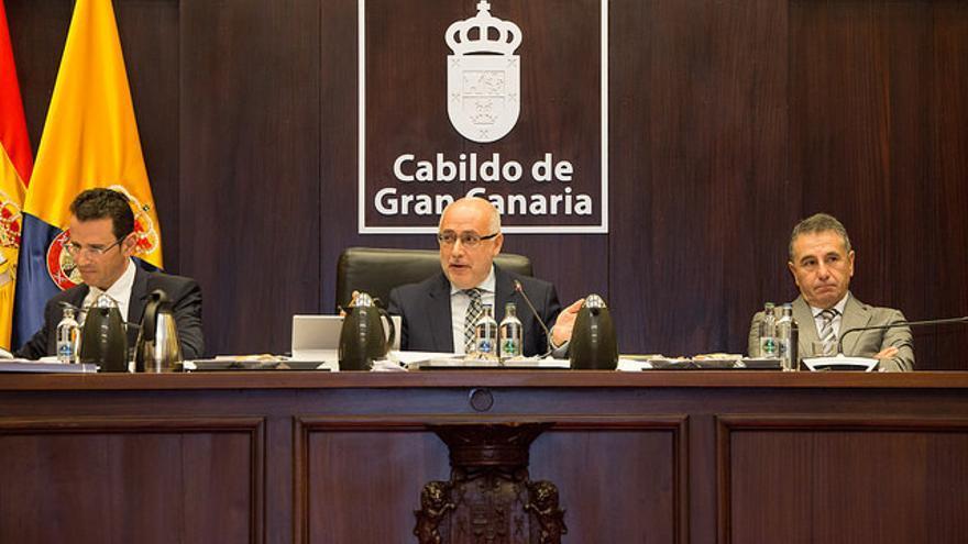 Antonio Morales preside el Pleno del Cabildo de Gran Canaria