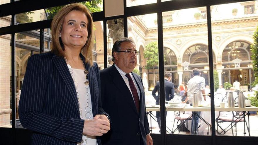"""Báñez asegura que el crecimiento y la creación de empleo """"ha llegado para quedarse"""""""