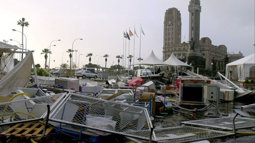 Efectos de la tormenta tropical Delta tras su paso por Tenerife