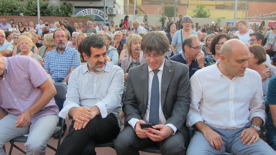Puigdemont en el acto de la ANC celebrado en la plaza Cataluña de Sant Joan Despí