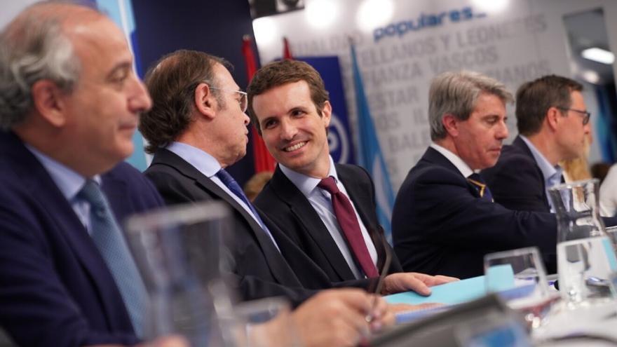 Pablo Casado junto al presidente del PP de Madrid, Pío García Escudero. / PP de Madrid