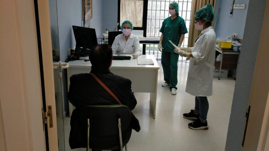 Rural Primary Care in the second summer of the pandemic: lack of personnel and saturation of services