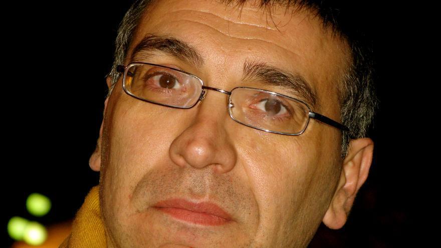 El profesor Carlos Gómez Gil.