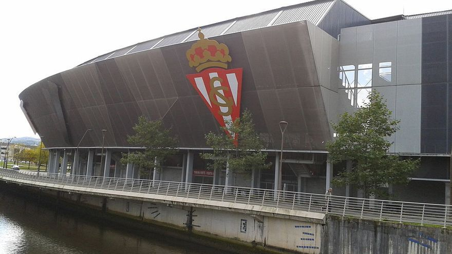 Estadio El Molinón.