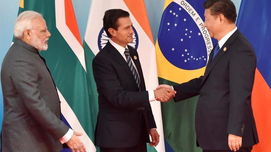 Líderes de China e India se reúnen tras dos meses de conflicto fronterizo