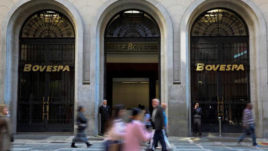 La bolsa de Sao Paulo abre la semana en terreno negativo y cede el 0,06 por ciento
