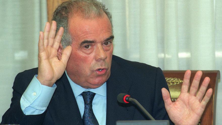 El juego de las palabras encadenadas-http://images.eldiario.es/politica/PP-Rosendo-Naseiro-Caso-EFEBarriopedro_EDIIMA20150506_0199_17.jpg