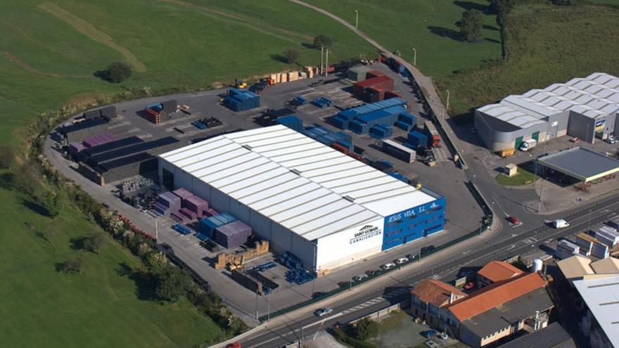 Imagen aérea de las instalaciones del Grupo Vela en Renedo de Piélagos.   GRUPO VELA