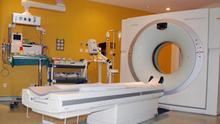 Sanidad mantiene sin uso un equipo de resonancia que costó 1,1 millones mientras deriva pruebas al sector privado